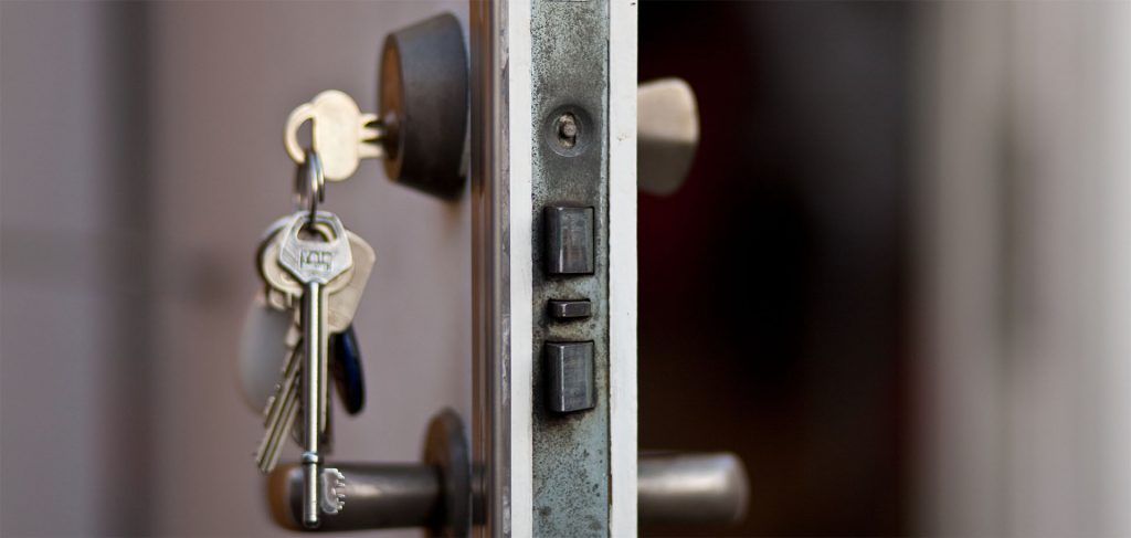 Kırıkkale Bahşılı çilingir, kapı açma, kasa açma, oto anahtarı, oto kapısı açma, oto kumanda, immobilizer anahtarcı yapımı konusunda hizmetlerimiz bulunmaktadır.